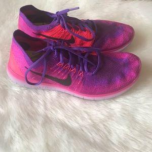 Nike free running shoes size 9.5